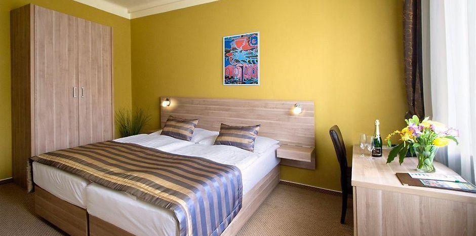 ART HOTEL MEDA, PRAGUE ****